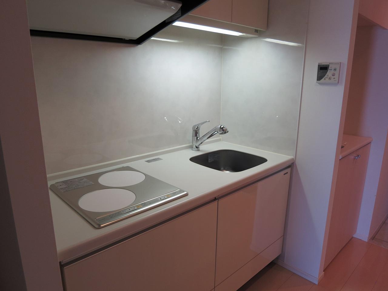 システムキッチン・IH2口コンロ